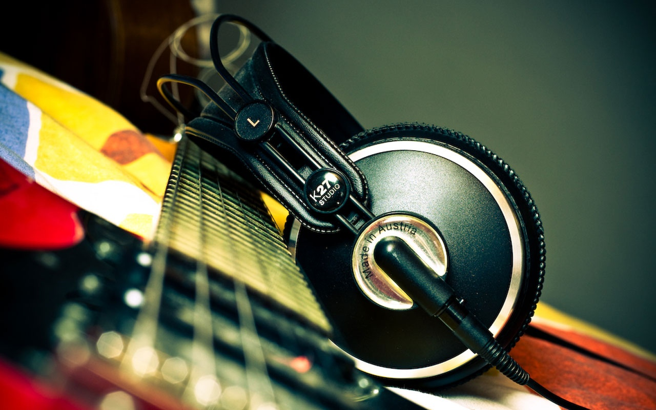 1280x800 AKG Headphones Wallpaper, Music And Dance Wallpapers