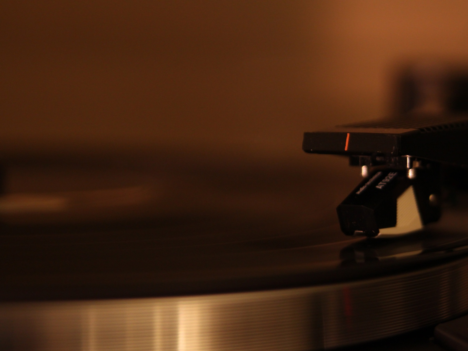 1600x1200 audio technica wallpaper music and dance wallpapers - Audio wallpaper ...