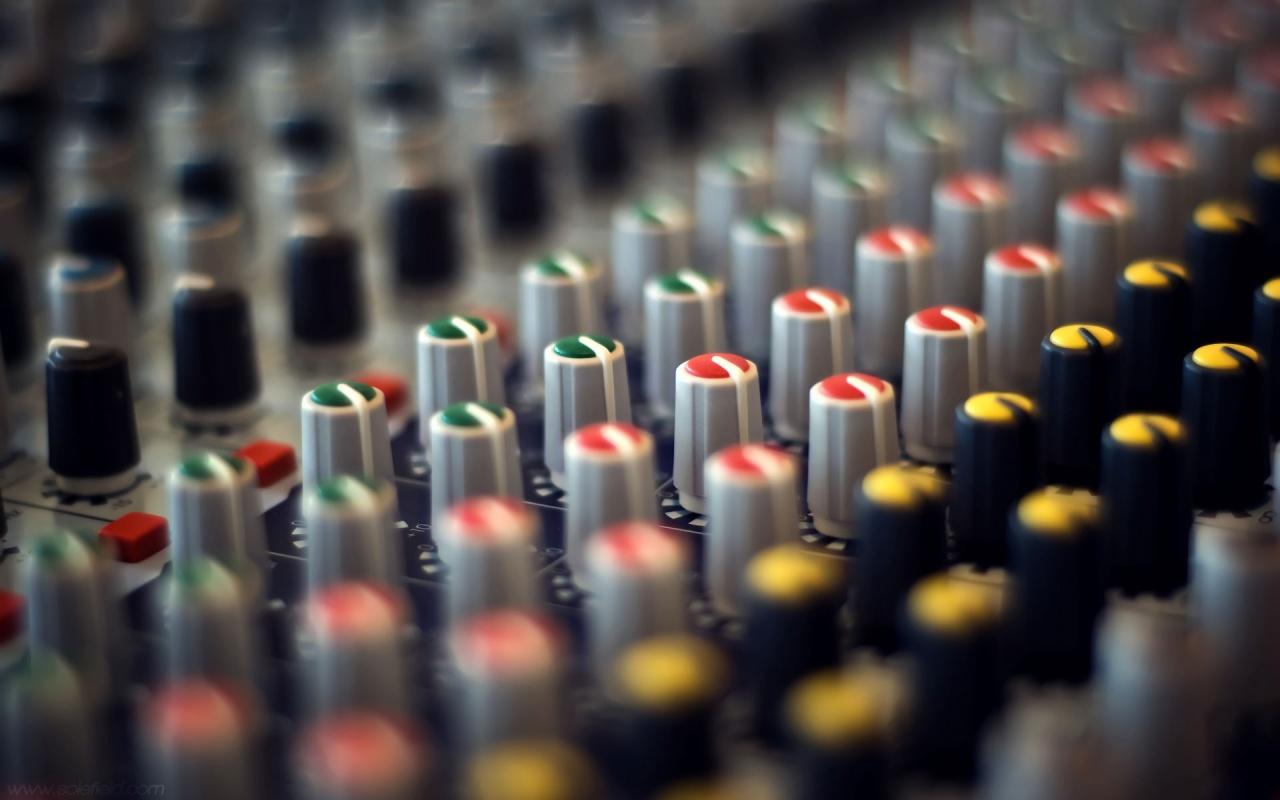 10 Mixing Console Dj Mixer 1024 768 Club Music Wallpaper 800 600 Png