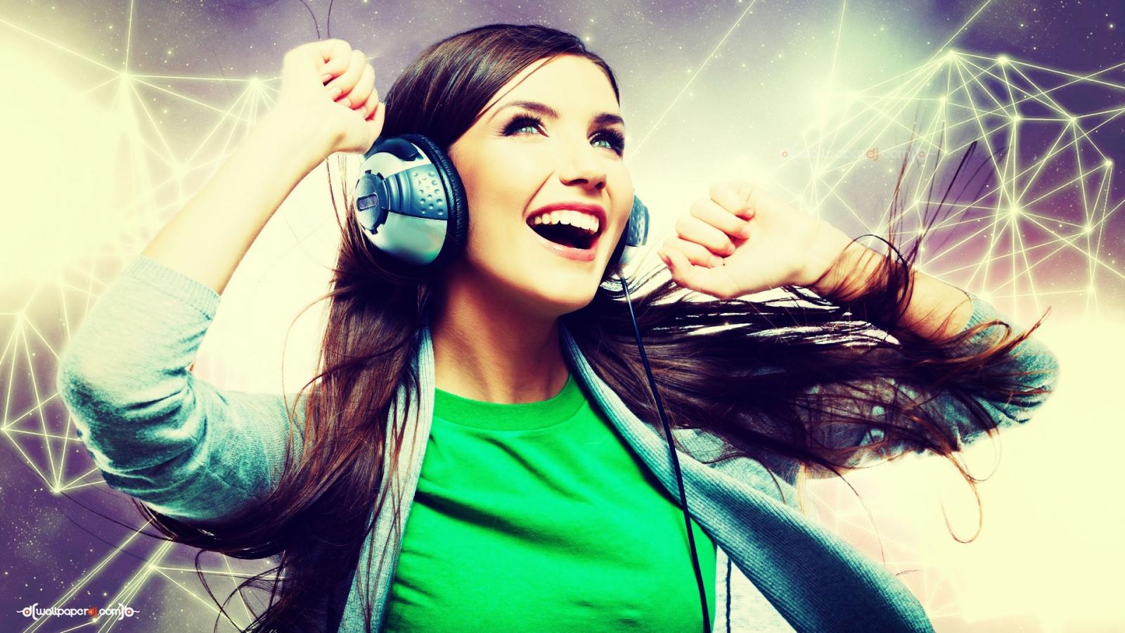 Wonderful Wallpaper Music Hot - music_is_happiness-1600x900  Trends_543897.jpg