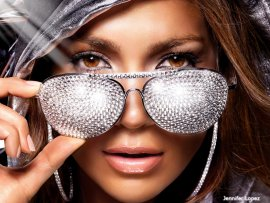 Jennifer Lopez diamonds (click to view)