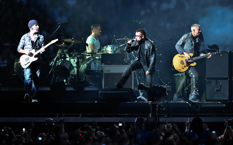 - U2 - U2_concert-1440x900